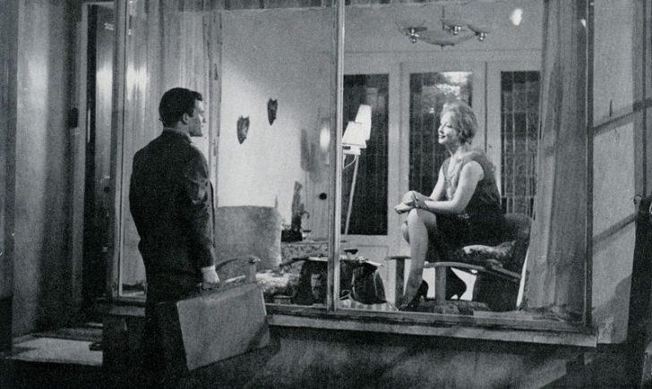 La ragazza in vetrina von Luciano Emmer